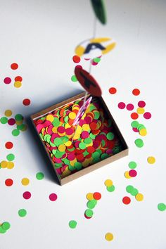 DIY congrats in a box - i would use this for all sorts of occasions, too!