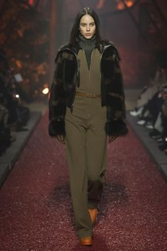 35 Best Hermes 2018 Fall ready to wear images   Fall winter, Fall ... 6a7c2e5aa09