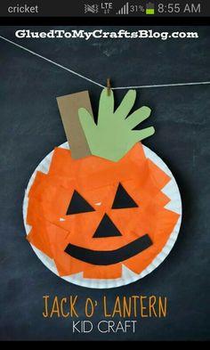 Paper Plate Pumpkin {Kid Craft} (Halloween Crafts For Preschoolers) Halloween Crafts For Kids, Halloween Activities, Autumn Activities, Craft Activities For Kids, Holiday Crafts, Holiday Fun, Fun Crafts, Preschool Halloween, Craft Ideas