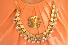 Love layering monogram necklaces with other jewelry. Need a monogram necklace Jewelry Box, Jewelery, Jewelry Accessories, Fashion Accessories, Gold Jewellery, Preppy Style, My Style, Monogram Necklace, Monogram Jewelry