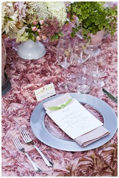 Bridal Lunch - Table cloth and plate are beautiful!