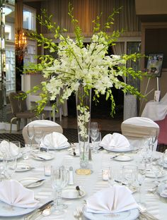 TOP New post tall elegant wedding centerpieces visit wedbridal. Orchid Centerpieces, Tall Wedding Centerpieces, Wedding Flower Arrangements, Purple Wedding Favors, Green Wedding Decorations, Elegant Wedding, Floral Wedding, White Dendrobium Orchids, Blue Orchids