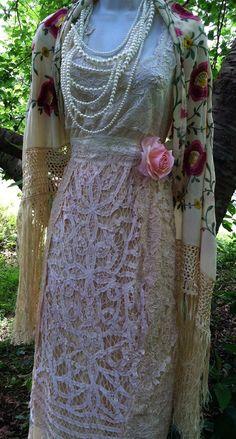 Cream lace dress wedding crochet vintage  by vintageopulence