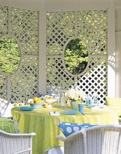 Pergola Front Of House Outdoor Rooms, Outdoor Dining, Outdoor Decor, Outdoor Sheds, Indoor Outdoor, Linderhof, Porch Privacy, Yellow Cottage, Summer Porch