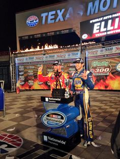 4-4-14.@Dale Earnhardt Jr. and @Chase Elliott pose for Victory Lane photos @Texas Motor Speedway