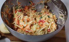 Λαχανοσαλάτα με φανταστική σως, που την ξεχωρίζει από τις άλλες Cabbage, Vegetables, Ethnic Recipes, Food, Vegetable Recipes, Eten, Veggie Food, Cabbages, Meals