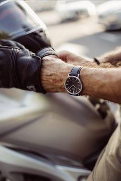 Take the su shine road 🔅#myzizzowatch #weekend #swissmade #driveway #classic #swisswatches #watchlover #watchoftheday