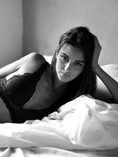 """Bayan modellerimizden 1.76 boyunda, 88-63-93 ölçülerine sahip, Kahverengi gözlü kahverengi saçlı, """"Stella"""" şehirdedir. Diğer resimleri için linki tıklayabilirsiniz. http://bit.ly/2lKcrDv #bayanmodel #model #ajans #casting #castajans #manken #cast"""