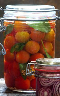 Pickle Jars, Creative Food, Pickles, Cucumber, Vegetarian, Vegetables, Cooking, Recipes, Syrup