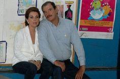 En el 2001 contrae matrimonio con Marta Según Ivanan Hernandez A01337819 Lourdes Medina A01337201 Alejandro Mendoza A1337267