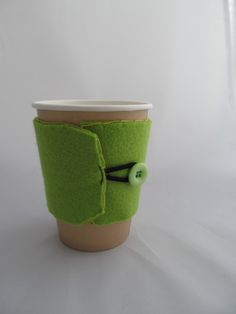 Green coffee cup cosy  £3.00