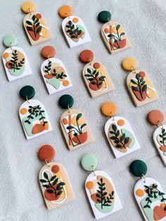 Diy Clay Earrings, Earrings Handmade, Handmade Jewelry, Ceramic Jewelry, Polymer Clay Jewelry, Fimo Clay, Handmade Polymer Clay, Handmade Ceramic, Clay Beads
