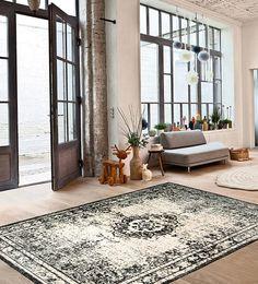 Utensil Storage, Cottage Style, Shag Rug, Oversized Mirror, Shabby Chic, Rugs, Ph, Furniture, Beautiful