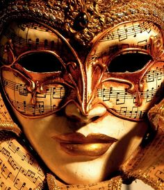 masque w/ music notes