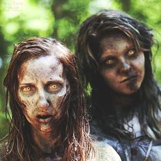 Greg Nicotero & everyone at KNB EFX do such an AMAZING job on the walkers for TWD.