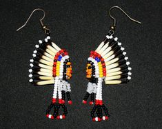 Best 12 Native American Seed Bead Earrings Native by BiuluArtisanBoutique – SkillOfKing. Beaded Earrings Native, Beaded Earrings Patterns, Seed Bead Patterns, Seed Bead Earrings, Beading Patterns, Indian Beadwork, Native Beadwork, Native American Earrings, Native American Beadwork