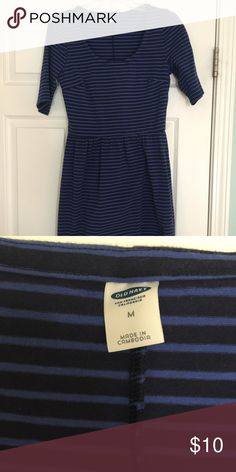 Striped Old Navy Dress Navy and blue striped dress from Old Navy.  Size medium.  Never worn.  Fitted through top.  Flattering cut.  Smoke pet free home. Old Navy Dresses