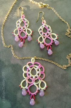 """Yarnplayer's Tatting Blog: """"Dream"""" necklace and earring set or pendant"""