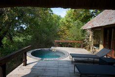 Photographic safari, team building photo safari and wildlife photography course accommodation Deck of a room on Londolozi.