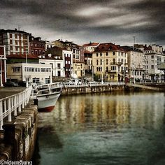 Cimavilla, barrio de #gijon #asturias. Pineado por Social Izan, agencia de Marketing Digital y Posicionamiento Web en Asturias. Especialistas en presencia Online y Marketing Social