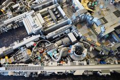 You need 10,000 pieces to build a Minifig-scale LegoMillennium Falcon