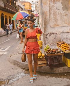 Always buying snacks lol. Probably tried every goodie in the streets, and I haven't gotten a stomach bug ☺️ Always buying snacks lol. Probably tried every goodie in the streets, and I haven't gotten a stomach bug ☺️ Cuba Outfit, Outfit Strand, Love Fashion, Fashion Outfits, Cuba Fashion, Mexico Fashion, Summer Vacation Outfits, Beach Outfits, Summer Outfit