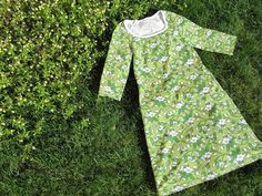 Murusia: Vihreä, vihreämpi, kevät! Cold Shoulder Dress, Ideas, Dresses, Fashion, Vestidos, Moda, Fashion Styles, Dress, Fashion Illustrations
