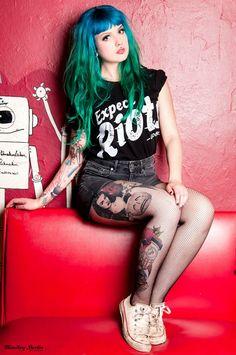 Victoria van Violence - Blue & Green Hair