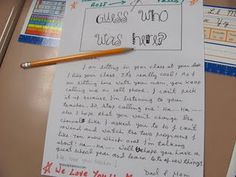 """Great Back-to-School Night Ideas! I especially love the """"Guess who sits here"""" and """"Guess who was here""""/ notes from moms or dads who attended Back-To-School Night. Back To School Night, 1st Day Of School, Beginning Of The School Year, Too Cool For School, School Fun, School Ideas, School Stuff, School Starts, Curriculum Night"""