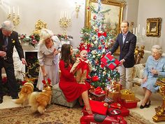 Royal lookalikes with Prince George as a reindeer! Prince Harry as Santa Claus! William and Kate rejoice with their precious new prince