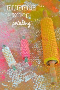 A great art and sensory activity for students with fine motor challenges in a special education setting.  Fun.  Get all the directions at:  http://www.artbarblog.com/create/bubble-wrap-roller-printing/
