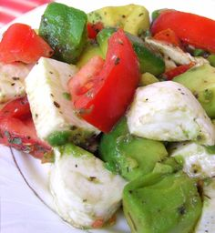 Mozzarella, avocado, tomato salad