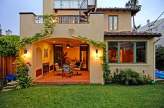 Spanish Colonial Revival Custom Home in Los Angeles built by Structure Home