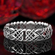 Mens Celtic Wedding Bands, Irish Wedding Rings, Heart Wedding Rings, Matching Wedding Rings, Wedding Matches, Wedding Rings For Women, Wedding Jewelry, Celtic Heart Knot, Celtic Knot Ring