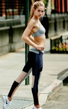 Fitness Apparel - Want A Healthier Tomorrow? Try These Tips From The Fitness Experts! *** You can get additional details at the image link. Style Fitness, Moda Fitness, Fitness Fashion, Fitness Diet, Fitness Wear, Fitness Outfits, Sport Look, Sport Model, Foto Still