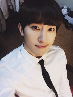 Twitter / zhoumi_419: How is everyone doing? Since the weather is good, I feel like going somewhere to play (trans:@13elieveSG)