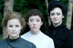 Cap 3: En el futuro Selene tiene dos hermanas Olimpia y Venecia.