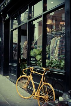 Yellow Bike  Portobello Road
