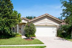Do you know a buyer for this home?  www.pgavillage-homes.com #golf #portstlucie #florida #home