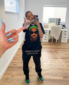 Cute Swag Outfits, Tomboy Outfits, Chill Outfits, Teen Fashion Outfits, Tomboy Fashion, Dope Outfits, Retro Outfits, Streetwear Fashion, Stylish Outfits