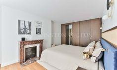 Location, Appartement, 45 m², 2 Pièces, Paris 4ème. Oversized Mirror, Paris, Furniture, Home Decor, Montmartre Paris, Decoration Home, Room Decor, Paris France, Home Furnishings