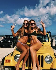 Pin by baylee burgess on besties bff pictures, summer pictures, friend phot Bff Pics, Bff Pictures, Best Friend Pictures, Friend Photos, Beach Pictures, Best Friend Fotos, Summer Goals, Cute Friends, Cute Cars