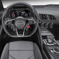 Audi R8 V10 Plus Coupé 2017 no Salão do Automóvel Marca alemã confirmou nesta quarta que vai exibir a segunda geração do superesportivo no @salaodoautomovel novembro em São Paulo. O bólido tem central-traseiro V10  5.2 FSI de 610 cv  sistema quattro de tração integral e transmissão automática S tronic de sete velocidades . Acelera de 0 a 100 km/h é feita em apenas 32 segundos com velocidade máxima de 330 km/h. O R8 Coupé será vendido a partir de dezembro no Brasil.  #CarroEsporteclube #Audi…