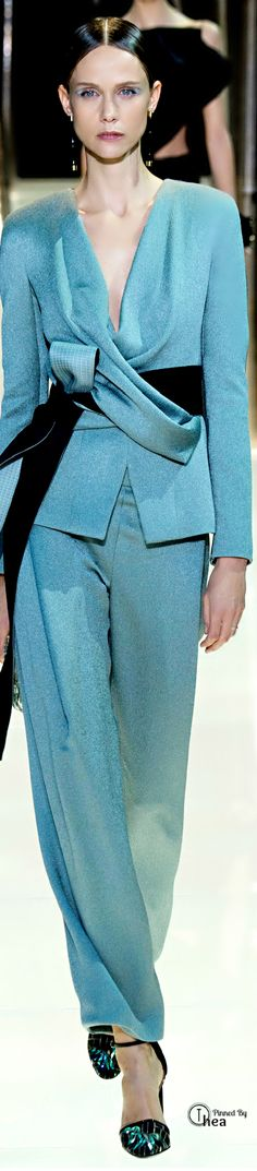 """Giorgio Armani Privé Haute Couture ● SS 2015 ~ .....lovely """"pijama"""" cossts like a good modern painting or designed sofa...It is a masterpiece every time....Bravo Gio !!!!!"""