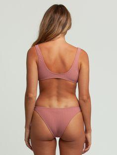 Jolie Lingerie, Women Lingerie, Tumbrl Girls, Femmes Les Plus Sexy, Beauty Full Girl, Grunge Outfits, Swimsuits, Swimwear, Hot Bikini