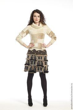 Купить или заказать Платье 'Дом Гауди - 2' в интернет-магазине на Ярмарке Мастеров. Платье повторено в измененном виде для дальнейших показов коллекции в Милане, Нью-Йорке, Токио и тд..Волшебная пряжа Норо. Платье -шедевр, без него показ не показ, так как оно играет в нем ключевую роль. Платье не продается, во всяком случае пока. ПРОДАНО В КОЛЛЕКЦИЯХ ЯМ: www.livemaster.ru/gallery/1079241-zhenschina-8211-osobennoe-more-to-chto-v-more www.livemaster.