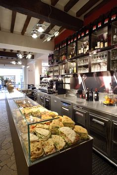 They do such good pizzas here! Le Malve, Parma, IT - counter display Bakery Design, Cafe Design, Restaurant Design, Cafe Display, Bakery Display, Bar Interior, Interior Design, Parma, Cafe Concept