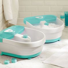 splendid spa footbath // we have quite a few people on our list that would love this gift!
