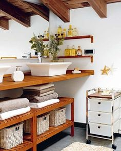 Under sink storage ideas. Look and learn plenty under kitchen / bathroom cabinet sink pull out organizer / storage for you to try + BONUS TUTORIAL. Decor, Home Decor Inspiration, Kitchen Cabinets In Bathroom, Bathroom Organisation, Home Decor, Trending Decor, Bathroom Design Small, Bathroom Design, Bathroom Decor