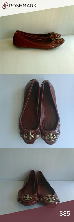 Tory Burch Aaden Patent Leather Ballet Flats Tory Burch Aaden red patent leather flats. Gold- toned logo hardware at toe. Patent leather upper. Leather lining. Leather sole. Used without box. Tory Burch Shoes Flats & Loafers